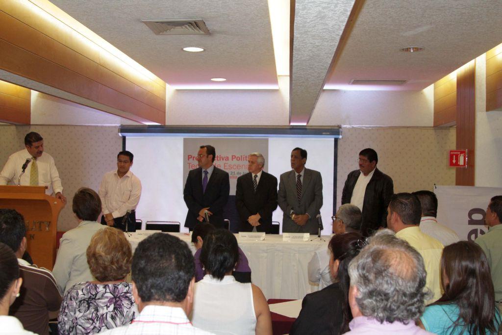 """Hoy continúa el curso """"Prospectiva política y construcción de escenarios"""" en la capital michoacana. Foto: Difunet"""