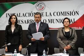 Afirman que la Ley será una herramienta para la profesionalización y capacitación de funcionarios municipales Foto: Senado