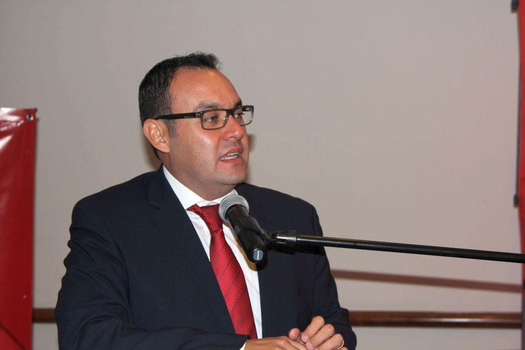 El reto de toda autoridad es ejercer el gasto público con sensibilidad y visión, señaló Guillermo Deloya Cobián Foto: Difunet