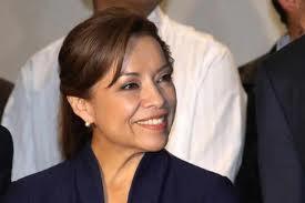 Fue hasta las elecciones presidenciales pasadas que se vio la participación activa de una mujer, Josefina Vázquez Mota Foto: El Cinco