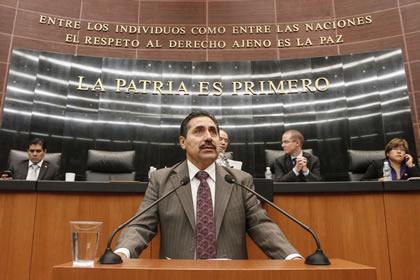 Rubén Camarillo Foto: Senado