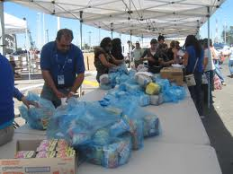 Se reciben alimentos, artículos de limpieza, y de higiene personal, de lunes a domingo, de 09:00 a 18:00 horas Foto: La Orquesta