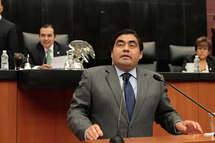 Luis Miguel Barbosa Foto: Senado