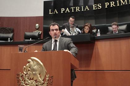 Francisco Yunes Foto: Senado