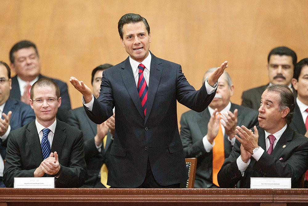 El presidente Enrique Peña Nieto anunció que, por primera vez en la historia, la calificadora Moody's elevó el potencial de crecimiento y la confianza de inversión de México ante el mundo Foto: Excélsior